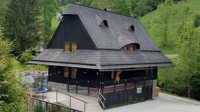 janosikov-dvor