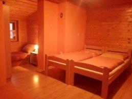4 lôžková izba v 2 izb. apartmáne